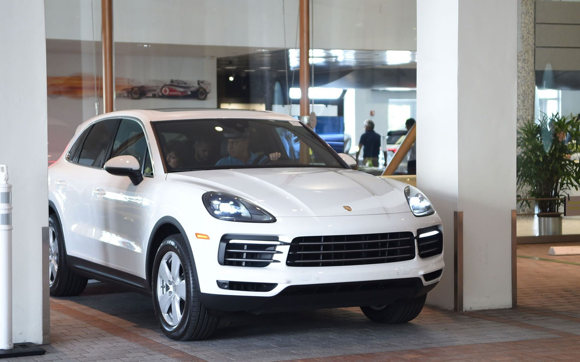 The Porsche Cayenne Is The Suv Sports Car Of The Summer Kenneth Gorin
